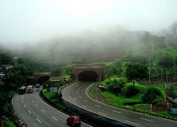pune-mumbai-expressway-1024x736